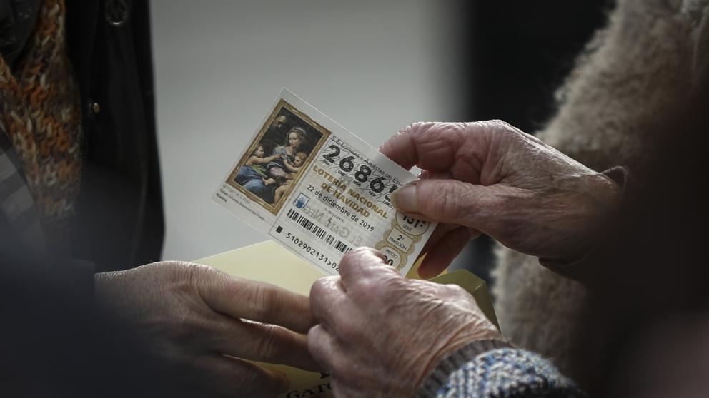 Miguel Hedilla en Onda cero: «Cuidado con compartir la Lotería»