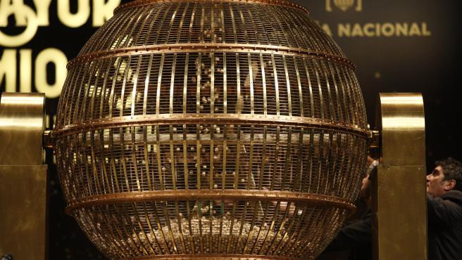 ¿Cómo tributan los premios de la Lotería de Navidad?
